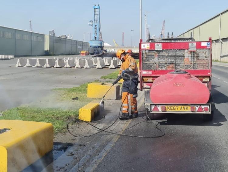 jet washing service - pressure washing
