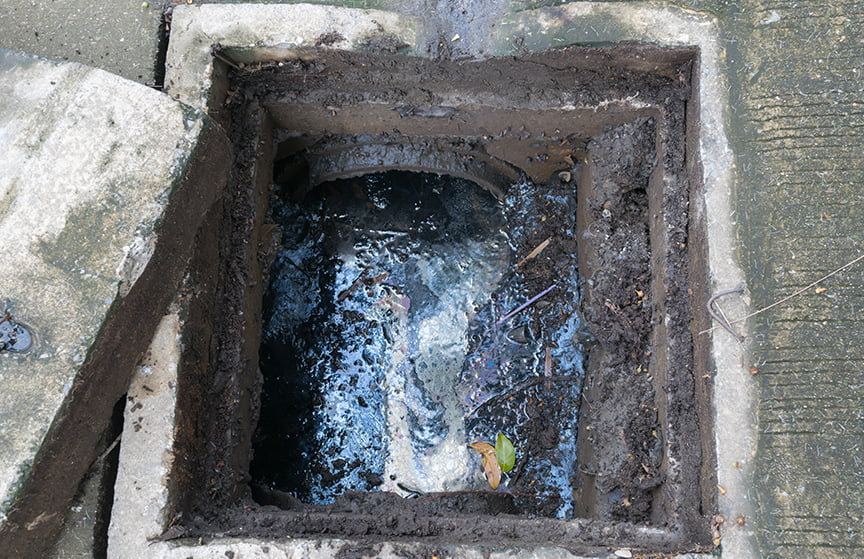 gulley sucking drain sewer clearing